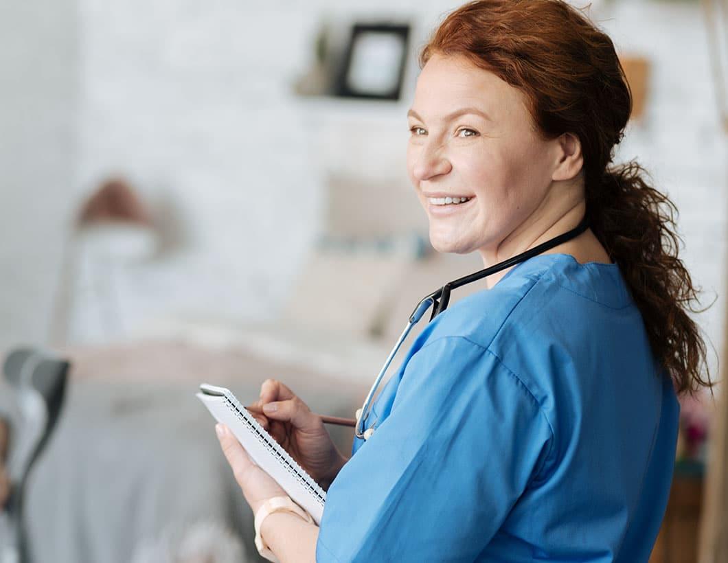 Personalleasing Pflegekräfte anfordern